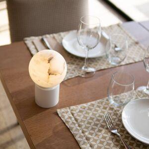 ALMA LIGHT BARCELONA LED stolní lampa Tribeca, USB port, 20 cm bílá